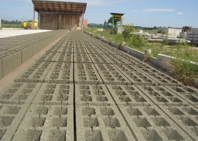 Proizvodnja betonskih blokova (2)