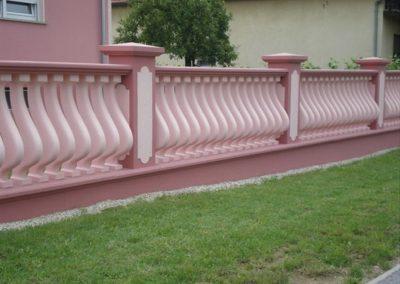Stupovi i ograde (56)